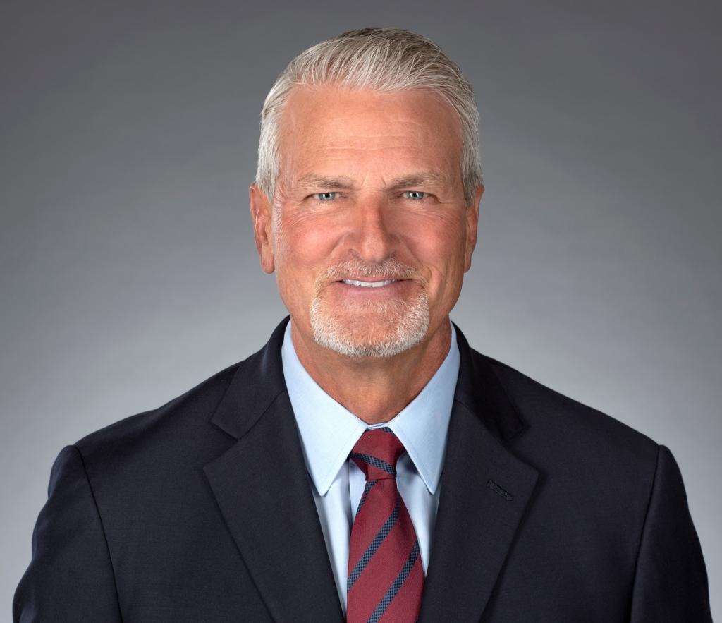 APL21 OH MA Headshot 1024x883 - Michael Azzarello – Former Senior Vice President at Washington Mutual and Sales Manager at Taylor, Bean & Whitaker